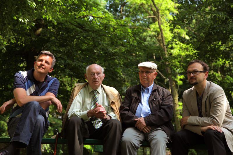 Robert with Charles Bleeker Kohlsaht, Kondrad and historian Mateusz Hartwich   Photo: Eric Boucher